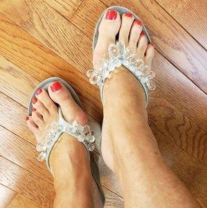 Very Used BCBG Diamond Sandal Wedges 9